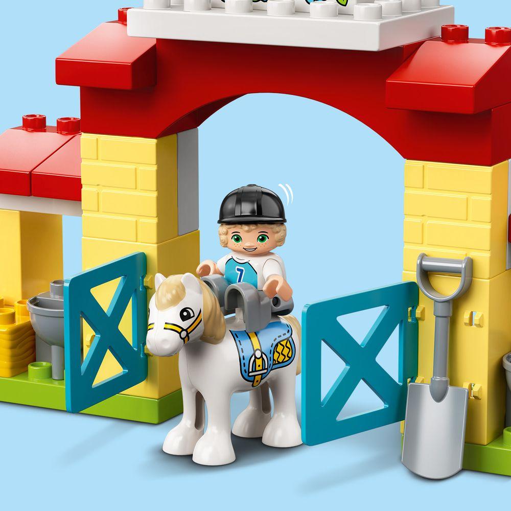 Assets/LEGO_10951_Feature2.jpg