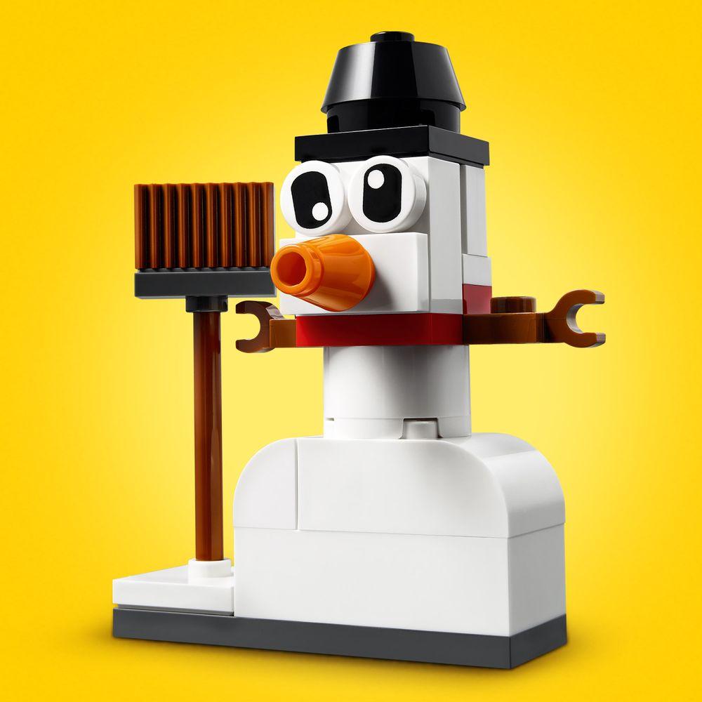 Assets/LEGO_11012_Feature1.jpg