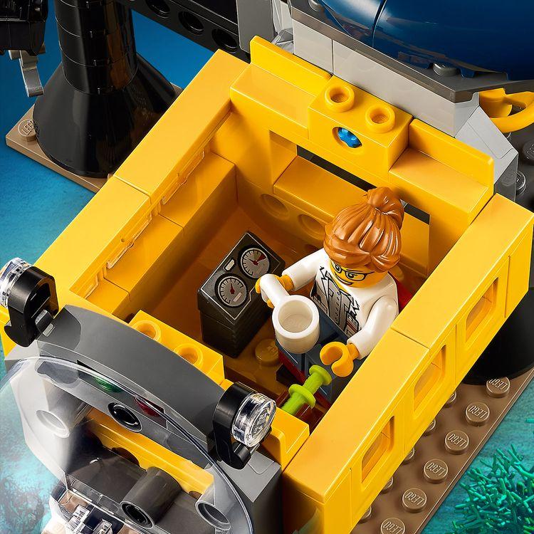 Assets/LEGO_60265_Feature2.jpg