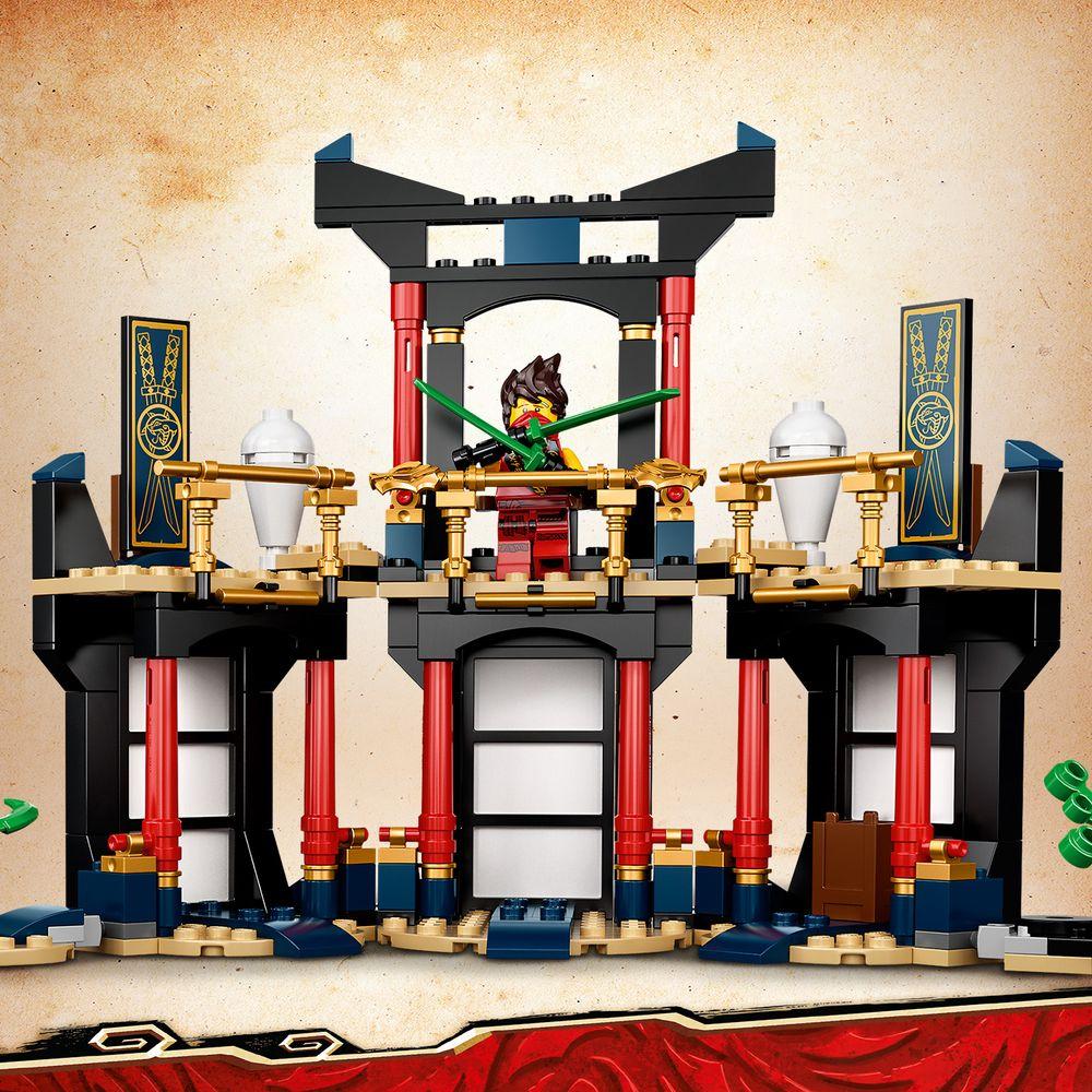 Assets/LEGO_71735_Feature1.jpg